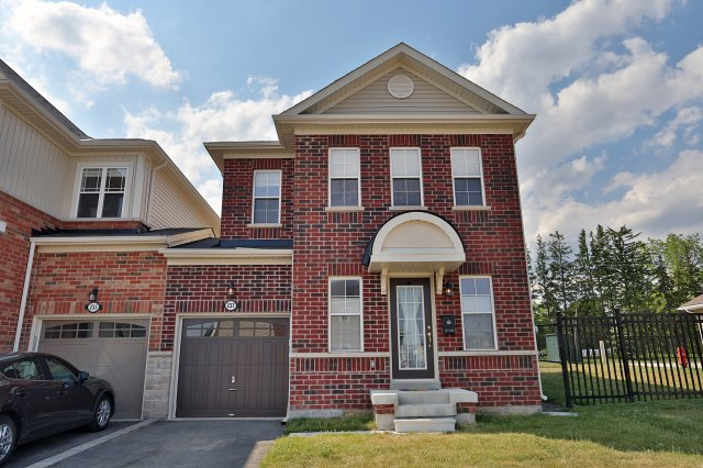 237 Fellowes Cres, Waterdown ON
